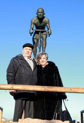 Famiglia Pantani: i genitori a Cesenatico